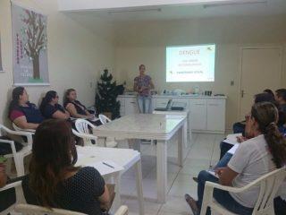 Secretaria Municipal de Saúde promove capacitação de Agentes de Saúde e Endemias.