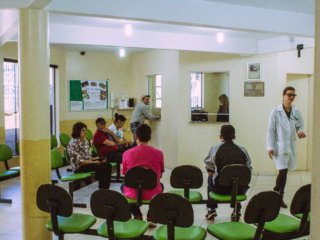 Novo método de classificação de risco e novos horários de atendimentos para acabar com as filas nos Postos de Saúde Municipais.