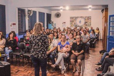 EDUCAÇÃO – Secretaria Municipal de Educação apresenta proposta de Educação em Turno Integral na Escola Municipal Alexandre Tramontini.