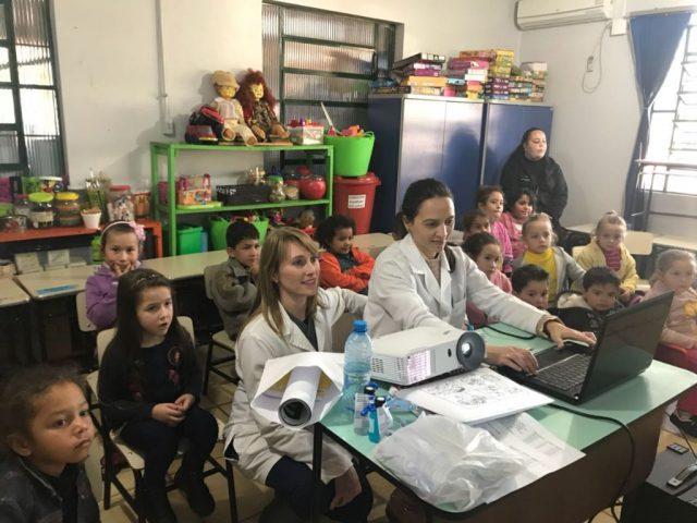 #SAÚDE   Secretaria de Saúde realiza atividade voltada à Higiene Pessoal para crianças da Rede Municipal de Ensino.