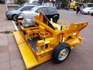 Prefeitura segue investindo em equipamentos e infraestrutura de estradas e ruas.