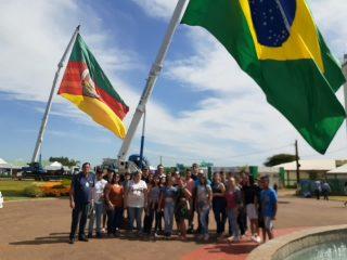 EDUCAÇÃO I Alunos da escola Emílio Henrique Schimitt visitaram a Expodireto