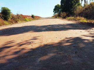 OBRAS I Trabalho nas estradas do interior é intenso seguindo os protocolos de prevenção ao coronavírus