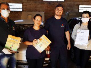 SAÚDE I Saiba como está a distribuição das cartilhas de prevenção ao coronavírus e álcool gel na comunidade