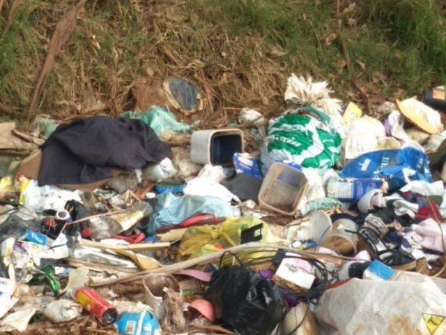 VIGILÂNCIA SANITÁRIA I Encontrado descarte ilegal de lixo no interior do Município