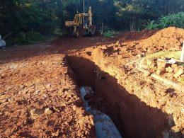 OBRAS I  Iniciados os trabalhos para asfaltamento da rua Valentim Bresolin