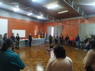 Secretaria Municipal de Educação realiza reunião de capacitação nutricional