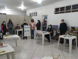 Prefeitura e Sindicato Rural de Espumoso promoveram curso de pintura em tecidos