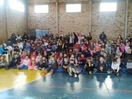 Voluntários, DP de Espumoso e escola Alexandre Tramontini promoveram evento de Dia da Criança